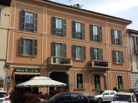 facciata edificio sito a pavia in viale Matteotti