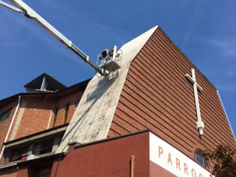 impermeabilizzazione del frontespizio di una chiesa a vigevano