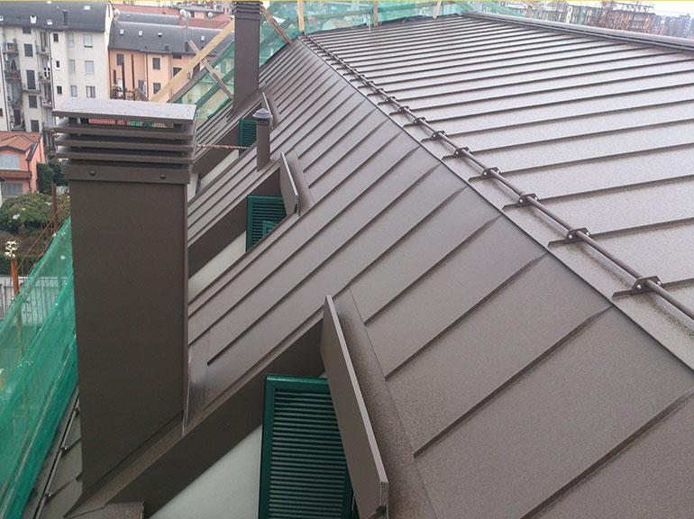 rifacimento copertura con pannelli a milano