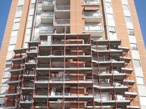 rifacimento facciata e balconi della torre cavour ad abbiategrasso