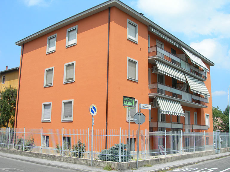Rifacimento facciate e balconi, Pavia