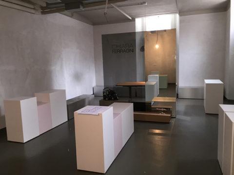 showroom di chiara ferragni a milano